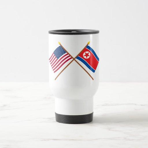 Los E.E.U.U. y banderas cruzadas de Corea del Nort Taza