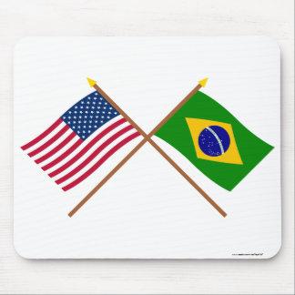 Los E.E.U.U. y banderas cruzadas el Brasil Tapete De Ratón