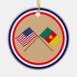 Los E.E.U.U. y banderas cruzadas el Camerún Ornamente De Reyes