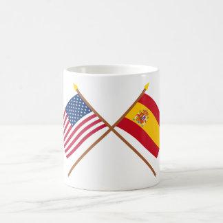 Los E E U U y banderas cruzadas España Taza