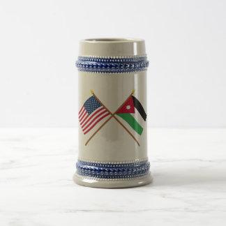 Los E.E.U.U. y banderas cruzadas Jordania Jarra De Cerveza
