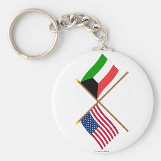 Los E.E.U.U. y banderas cruzadas Kuwait Llavero Redondo Tipo Pin