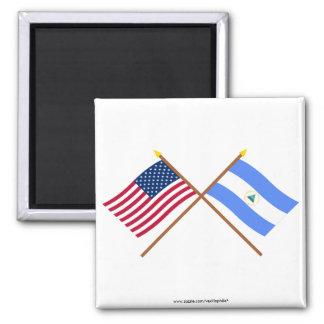 Los E.E.U.U. y banderas cruzadas Nicaragua Imán Cuadrado
