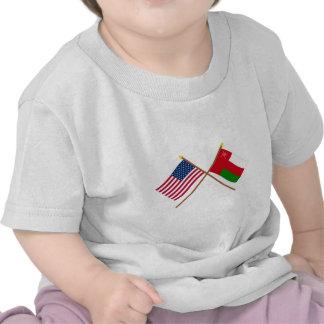 Los E.E.U.U. y banderas cruzadas Omán Camiseta
