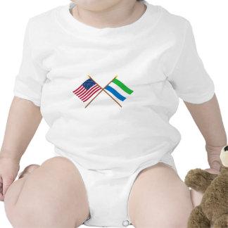 Los E.E.U.U. y banderas cruzadas Sierra Leone Trajes De Bebé