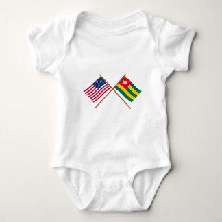 Los E.E.U.U. y banderas cruzadas Togo Body Para Bebé