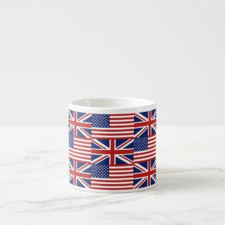Los E.E.U.U. y modelo BRITÁNICO de la bandera Taza Espresso