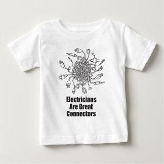 Los electricistas son grandes conectores playera de bebé