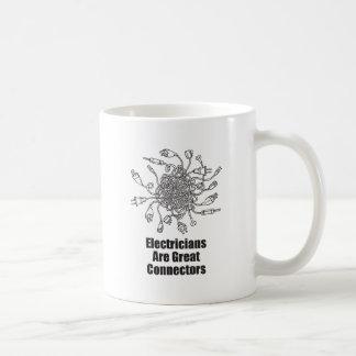 Los electricistas son grandes conectores taza de café