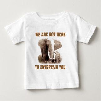 Los elefantes merecen respecto playera