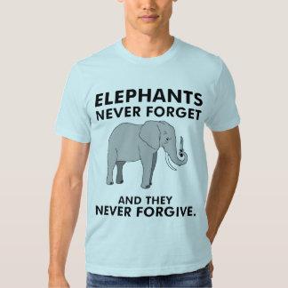Los elefantes nunca olvidan playeras