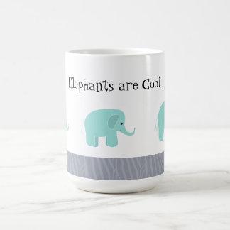 Los elefantes son frescos taza