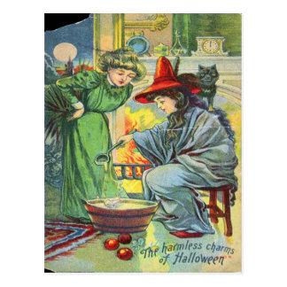 Los encantos inofensivos de Halloween Tarjeta Postal