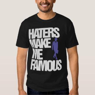 Los enemigos me hacen la camiseta famosa (EN Playera