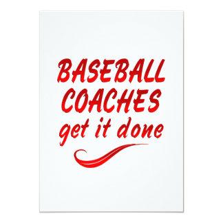 Los entrenadores de béisbol lo consiguen hecho invitación personalizada