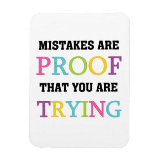 Los errores son prueba que usted está intentando imanes