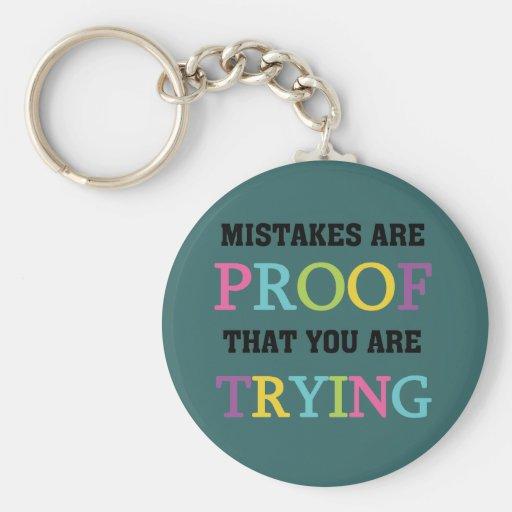 Los errores son prueba que usted está intentando llavero personalizado