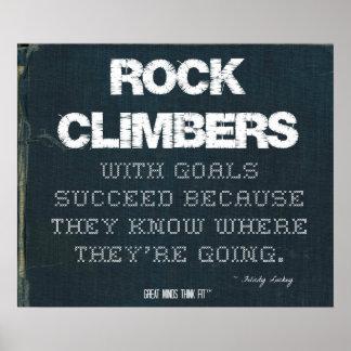 Los escaladores de roca con metas tienen éxito en  póster