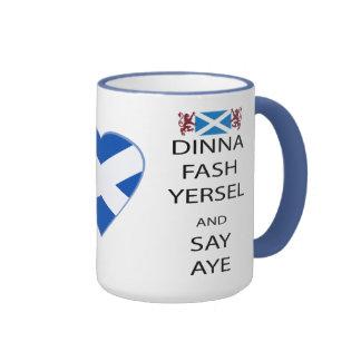 Los escoceses Dinna Yersel rudo dicen sí la taza