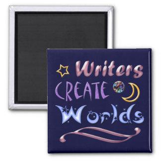 Los escritores crean los mundos imanes