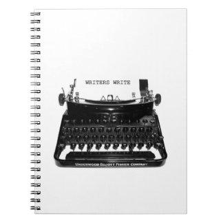 Los escritores escriben el cuaderno del novelista