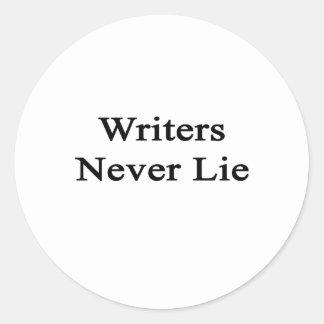 Los escritores nunca mienten pegatina redonda