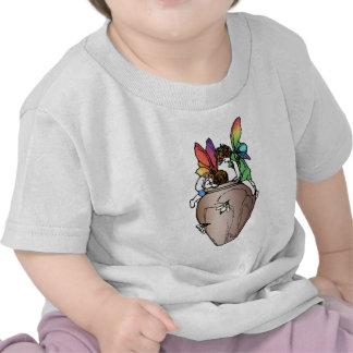 Los Faeries/las hadas sumergen en el pote de la Camiseta