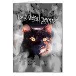 Los fantasmas y feliz Halloween del gato veo a gen Tarjeton