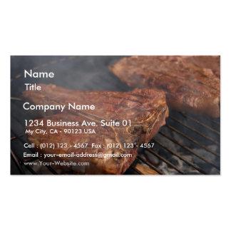 Los filetes que asan a la parrilla la barbacoa asa tarjetas de visita