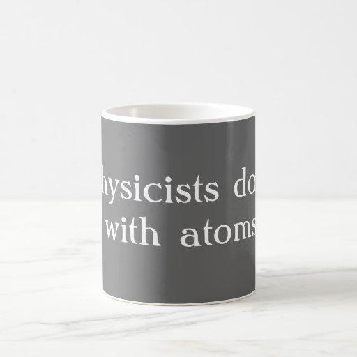 Los físicos lo hacen taza básica blanca