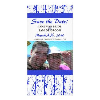 Los flores azules de la primavera ahorran la fecha tarjetas fotograficas personalizadas