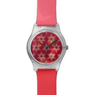 Los &Flowers de los corazones cubrieron Relojes