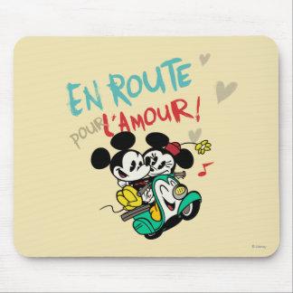 Los franceses Mickey el | en el camino vierten Alfombrillas De Ratón
