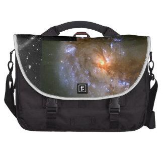 Los fuegos artificiales estelares acompañan la gal bolsas para ordenador