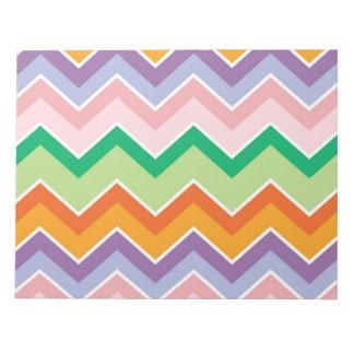 Los galones coloridos zigzaguean modelo de las bloc de papel