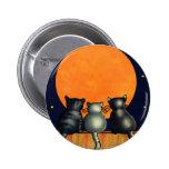 Los gatos de Halloween miran la luna - estilo del  Pin Redondo De 2 Pulgadas