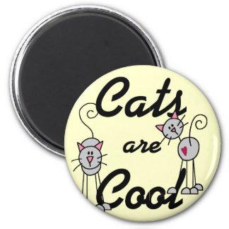 Los gatos son camisetas y regalos frescos iman de nevera