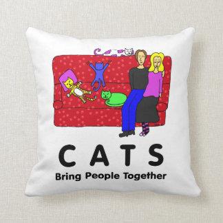 Los gatos traen a gente juntos