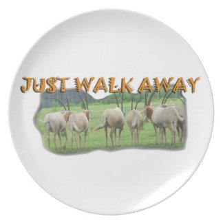 Los Gazelles africanos apenas se van Plato Para Fiesta