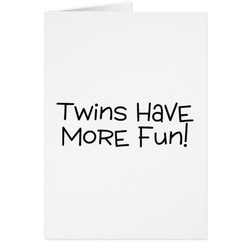 Los gemelos se divierten más tarjetas