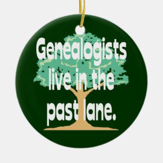 Los Genealogists viven en el último ornamento del Ornamentos De Reyes Magos