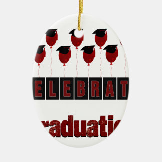 Los globos rojos que llevan los casquillos de la adorno navideño ovalado de cerámica