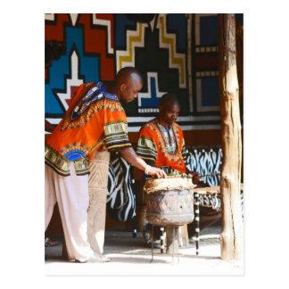 Los golpes del tambor de África Postal