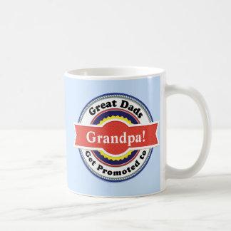 Los grandes papás consiguen promovidos a la taza
