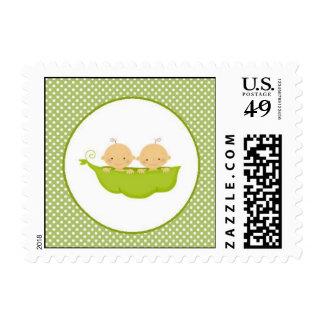 Los guisantes en una vaina hermanan franqueo de la timbres postales