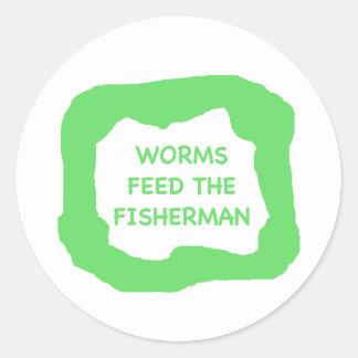 Los gusanos alimentan al pescador .png pegatina redonda