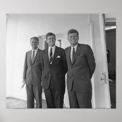 Los hermanos de Kennedy -- Juan, Roberto, y Ted Posters