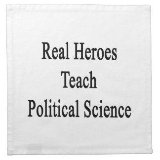 Los héroes reales enseñan a ciencia política servilleta de papel