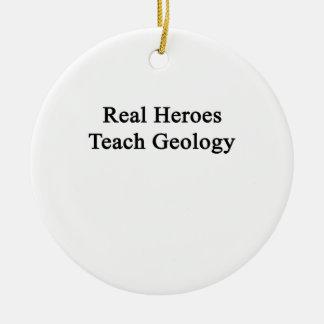 Los héroes reales enseñan a la geología adorno redondo de cerámica