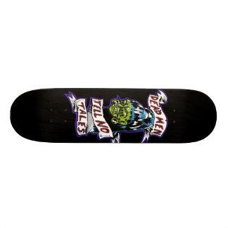 """Los """"hombres muertos no cuentan ningún cuento """" skate boards"""